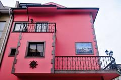 nautical decor on the houses of São Pedro da Afurada, Vila Nova de Gaia (Gail at Large | Image Legacy) Tags: 2018 afurada portugal vilanovadegaia gailatlargecom