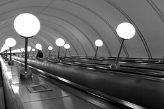 (cherco) Tags: man metro metropolitano moscow moscu stairs escaleras lonely solitario alone blackandwhite composition composicion canon city ciudad 60d canon60d monochrome light luz lantern lamp repetition repeticion urban urbano calle street up arquitectura architecture arch arco infinite