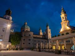 Salzburg 54.jpg (vossemer) Tags: bauwerke wolken plätze sehenswürdigkeiten historisches orte salzburg himmel städte stimmungen abend objekte kirchen natur wetter österreich at