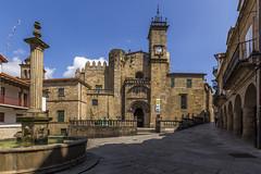 Orense, Galicia (kike.matas) Tags: canon canoneos6d canonef1635f28liiusm kikematas orense galicia españa plaza catedral catedraldesanmartiño fuente ciudad paisaje lightroom6