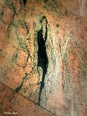 La femme de marbre (didier95) Tags: femme modeannee20 marbre texture abstrait marbrure veinage figurine