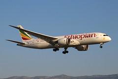 Ethiopian Airlines. ET-ATJ. Boeing 787-8 Dreamliner. ET726. GVA. (Themarcogoon49) Tags: ethiopian boeing b787 dreamliner aircraft landing gva lsgg cointrin airport planespotting switzerland avgeek