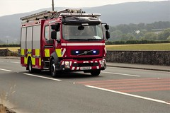 Corwen Fire Station  turning out to a shout July 13th 2018 (Martin Pritchard) Tags: brenig wind turbine scheme denbigh calkeld heavy haulage scania daf north wales fire rescue service appliance volvo