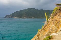 Contrastes (Augusto Silva Otero) Tags: colombia magdalena mar paisaje playas santamarta