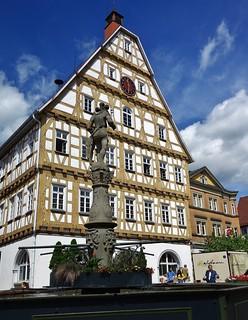 GERMANY, Rund um den hist. Marktplatz  Leonberg, Rathaus und Wappnerbrunnen,  76283/10222