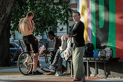 Unlikely lookout (PhredKH) Tags: canonphotography fredkh photosbyphredkh phredkh splendid streetphotography streetscene streetsoflondon people peoplewatching peopleonthestreet tree bicycle london londonstreets city bike canoneos7dmarkii ef70200mmf28lisiiusm 70200mm