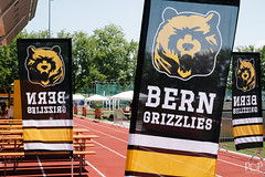"07. Juli 2018_Jun-002.jpg<br /><span style=""font-size:0.8em;"">SAFV Juniorbowl 2018 Bern Grizzlie vs. Geneva Seahawks 07.07.2018 Leichathletikstadion Wankdorf, Bern<br /><br />© by <a href=""http://www.stefanrutschmann.ch"" rel=""nofollow"">Stefan Rutschmann</a></span> • <a style=""font-size:0.8em;"" href=""http://www.flickr.com/photos/61009887@N04/29408250918/"" target=""_blank"">View on Flickr</a>"
