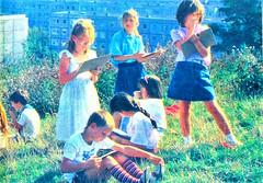 Thälmannpioniere,DDR Kinder,Jungpioniere,Freie-Deutsche-Jugend,DDR Pioniere (SchlangenTiger) Tags: ostberlin thälmannpioniere jungpioniere jungepioniere pioniere freiedeutschejugend kinder jugend fdj gst schule schüler gdr ddr