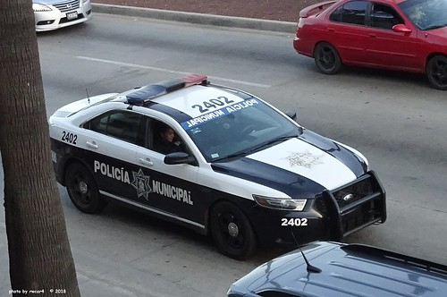 Ensenada, Baja California, Mexico Police - Ford Police