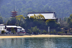 Toyokuni Shrine (Senjokaku) (Gedsman) Tags: japan asia northeastasia eastasia traditional culture cultural shinto buddhist tower neon lights travel beauty architecture island temple photography hiroshima miyajima sea seto inland castle atomicbomb abomb atomic bomb