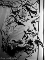 Aloysio Ferdinando Comiti Marsili - Basilica di San Domenico - Bologna (frillicca) Tags: 2018 april aprile bn bw basilica basilicadisandomenico biancoenero bianconero blackandwhite blackwhite bologna chiesa church memories momoria monochrome monocromo monument monumento panasoniclumixlx100 sandomenico sculpture scultura