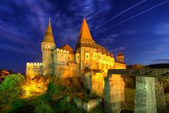 Hunedoara Blues (hapulcu) Tags: herbst hunedoara romania romanya rumanien siebenbürgen transylvania automne autumn autunno castle otoño toamna