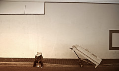 El descanso del vendedor de cama (Harry Szpilmann) Tags: cholula streetphotography people portrait puebla abstract architecture mexico monochrome sepia mexique