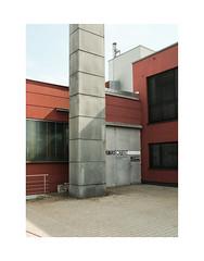 32457902347027245123343 (Melissen-Ghost) Tags: fujifilm fuji film x100f classic chrome simulation analog look german deutschland bayern city architecture architektur grain color photography street strasenfotografie