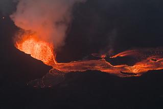 Hawaii Kilauea Volcano Fissure 8 Lava