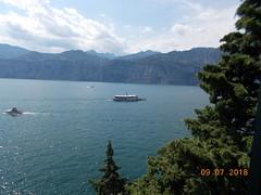 DSCN0239 (Puntin1969) Tags: luglio nikon coo vacanze museo lago vista battelli castello estate sole