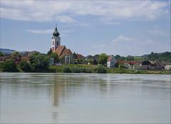 Gottsdorf, Austria (Runemaker) Tags: gottsdorf donau danube kirche church fluss river village dorf donauradweg danubebicyclepath architecture architektur austria österreich