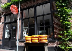 Kaas / Liefde & Ambacht / Amersfoort (rob4xs) Tags: amersfoort liefdeambacht kaas cheese winkel shop nederland thenetherlands holland favorite niederlande