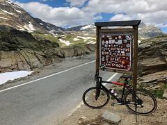 (Paolo Cozzarizza) Tags: italia piemonte torino ceresolereale panorama cielo alberi strada cartello bicicletta pietra roccia