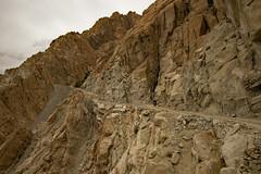 ride on (DeCo2912) Tags: ladakh india himalaya mountains bike royal enfield bullet 500 jammu kashmir fotu la pass