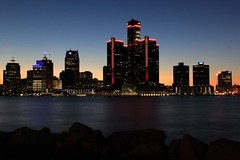 Detroit Skyline - 2018-06-13 (BillyGoat75) Tags: gmbuilding generalmotors nightshot longexposure detroit skyline usa windsor canada