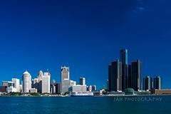 Detroit City (jah32) Tags: gm generalmotors detroitriver detroit michigan usa city cities cityscape skyline sky blueskies blue water river rivers