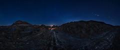 DESERT (Der_Golem_) Tags: 2018 colasdedragon camino gel ledlenser flash vialactea pano panoramica ojodepez desierto almeria tabernas