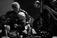 short ice break^^ (Syrakus) Tags: bk motorcycle motorrad tochter bw spiegelung vater eis essen tour pause break together