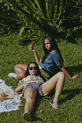 #ProjectNeverland (Lookbook + Food): #CallMeByYourName (TheJennire) Tags: photography callmebyyourname fotografia 50mm foto photo canon camera camara colours colores cores light luz young tumblr indie movie cinema film scene lucaguadagnino cmbyn oliver elioxoliver elioperlman photoshoot conceptualphotography summer summertime sunnyday food comida peachy peaches peach sweet foodphotography foodporn girls lookbook fashion style clothes 80s retro 90s portrait people friends love women nature ethereal calm moment peace 2018 grass picnic relaxing heat