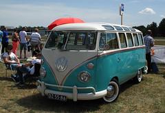 1965 Volkswagen Transporter 1500 (T1) (rvandermaar) Tags: 1965 volkswagen transporter 1500 t1 vw volkswagentransporter vwtransporter volkswagent1 vwt1 sidecode1 import dz5586 rvdm