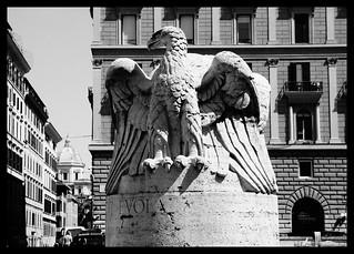 Aquila Imperiale romana - Piazza del Viminale, Ministero dell'Interno  - Roma, Rione Monti