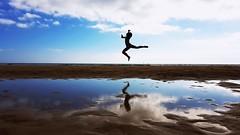 Jump to the sky (rui1974santos) Tags: summer beach jump ballet bailarina sky reflexo reflection blue clouds