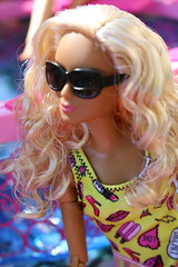 Coral top MTM (Annette29aag) Tags: barbie doll fashionista pool poolparty model madetomove photography portrait