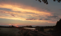 9.02pm (Garter Blue) Tags: voyager cherwell valley sunset oxfordshire train railway