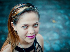 Portrait 3 (Isai Hernandez) Tags: portrait nature face eyes green girl smile natural
