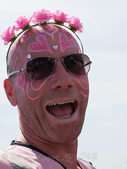 Brighton Pride 2018 -085 (Nanooki ʕ•́ᴥ•̀ʔっ) Tags: brightonpride2018 pride ©suelambertlrpscpagb brighton brightonhove brightonpride colourmyworld portrait summer crazytuesdaytheme 7dwf