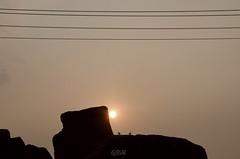 Le Coucher du Soleil d'Hampi --- India (Sandrine Vivès-Rotger photography) Tags: india hampi unesco sunset rock lines birds sky