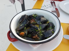 Anyone for mussels? (caro-jon-son) Tags: steve
