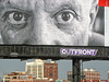 Picasso's Eyes on Billboard, 11 Apr 2018 (photography.by.ROEVER) Tags: kc kcmo kansascity billboard pablopicasso visiting exhibit westpennway april 2018 april2018 missouri usa