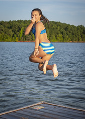Madison leaps into the lake (ken_scar) Tags: clemsonuniversity clemson southcarolina clemsontigers highereducation college collegelife campuslife collegephoto clemsonphoto