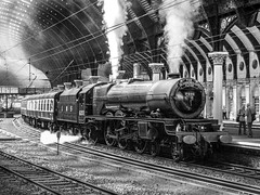 6201 York R00289 D210bob  DSC_1518 (D210bob) Tags: railwayphotographs railwayphotography railwayphotos railwaysnaps blackwhitephotography blackwhite monochrome monochromephotography steam pacific 462 eastcoastmainline passengertrain mainlinesteam lms 6201 york r00289 d210bob dsc1518