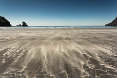Talisker Bay (emperor1959 www.derekbeattieimages.com) Tags: taliskerbay isleofskye skye beach bay sand blacksand whitesand seastack cliffs bluesky outerhebrides innerhebrides azurewater scotland scottishlandscapephotography canon5d3