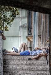 Pennichelle (lefotodiannae) Tags: nikond3200 insieme love ragazzi pomeriggi estate pennichella street