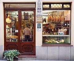 Stylish italian butcher's shop in Bobbio (marionvankempen) Tags: atmosphere bobbio throughherlens