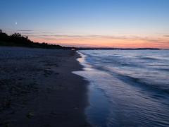 Sunset in Jelitkowo (raisaj) Tags: gdansk evening morze sea sunset wave jelitkowo summer