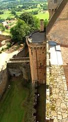 Douves vu du château (sergeb.) Tags: architecture tour pierre castelnaubretenoux château