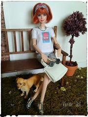 SOFÁ-BANCO de madera para dioramas de interior como de exterior. 🐈🌲🌻 (Es posible en otros colores) (Karine'S HCF (Handmade Clothing & Furniture)) Tags: barbie madetomove handmade pelirroja fashionista muebles muñeca ooak furniture doll jswdolls bancomadera