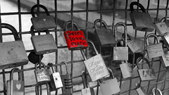 Locked Forever (G3nie) Tags: canoneos1100d efs24mmf28stm finland aspectratio169 locksoflove bridge key lock love forever engraved name date mesh text