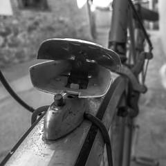 ZamoBiKE Ciega (206/365) (Walimai.photo) Tags: caminodesantiago víadelaplata granjademoreruela zamora lx5 lumix panasonic spain españa black white blanco negro byn bw branco preto blanc noir