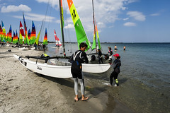 EM in Hobie cat, Hornbæk, Denmark (Sean Bodin images) Tags: hobiecat hobie streetphotography streetlife people photojournalism photography water sun summer sailing beach denmark documentary documentery delditkbh aokdk tv2lorry